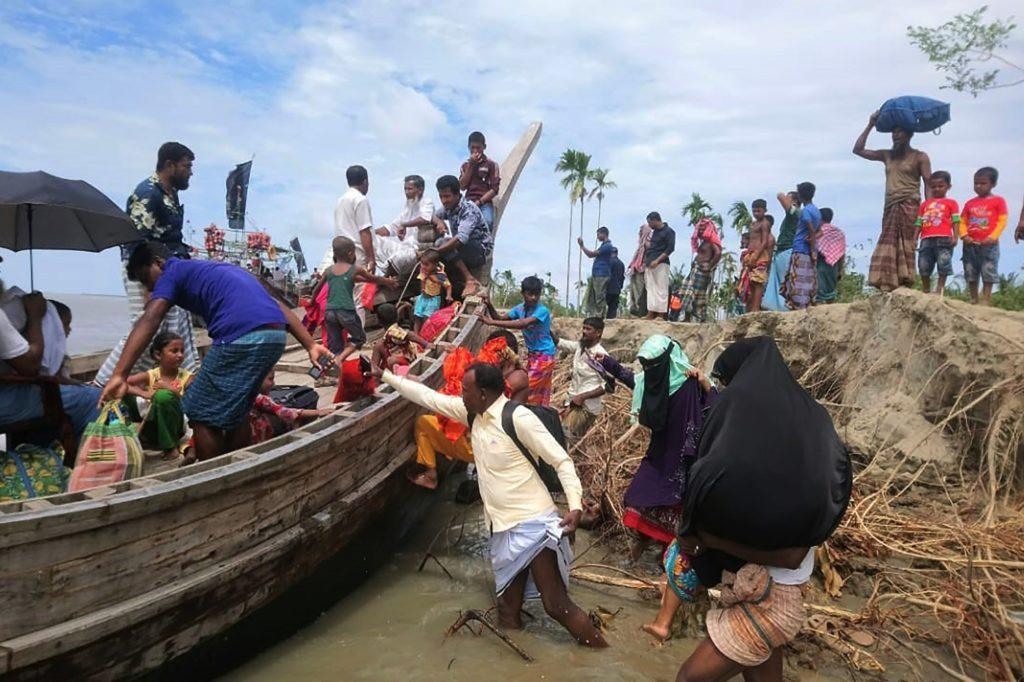 Cyklon Amphan - trwa ewakuacja ludności w Indiach i Bangladeszu