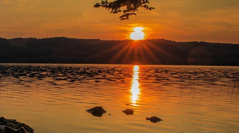 Jezioro Laacher See - czy czeka ans wybuch wulkanu w Europie?