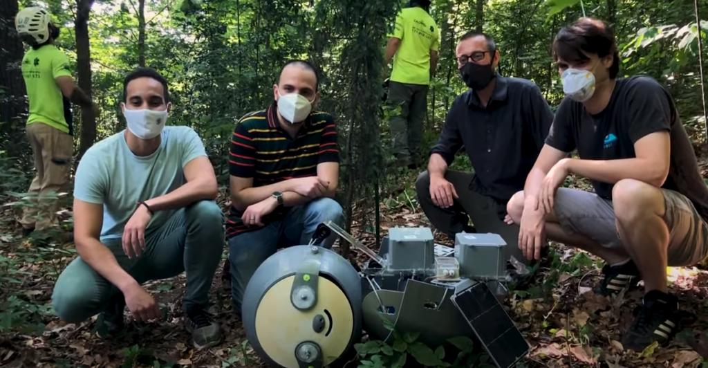 Leniwiec SlothBot zintegruje się ze środowiskiem naturalnym?