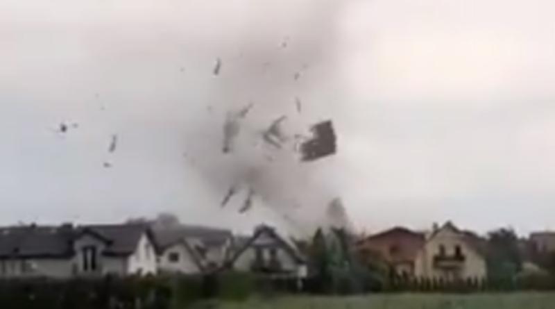 Trąba powietrzna w Polsce - zniszczenia i miejscowość Kaniów