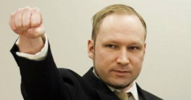 Breivik cierpi w więzieniu? Chce mieć skrócony wyrok!