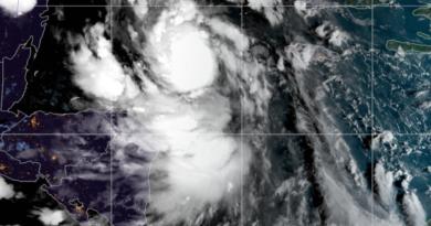 Huragan Delta - kataklizm w Meksyku i USA