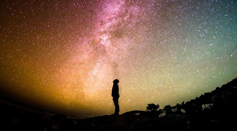 Tajemnicze sygnały z kosmosu - czym są fast radio bursts?