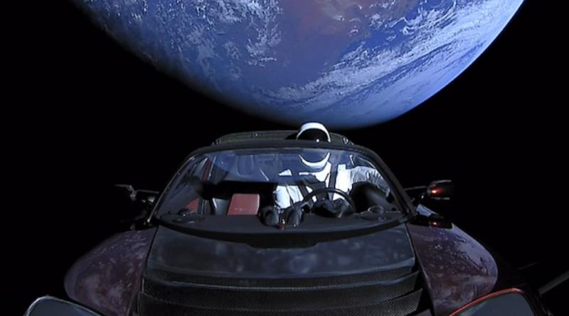 Tesla Roadster w kosmosie - Czy Elon Musk stworzył biologiczne zagrożenie dla Marsa?