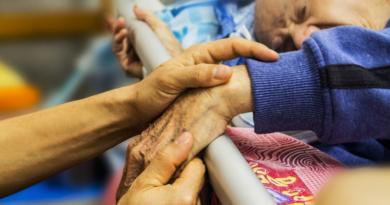 Eutanazja w Niemczech - jest legalna, ale uprawnienia lekarzy wciąż są ograniczone