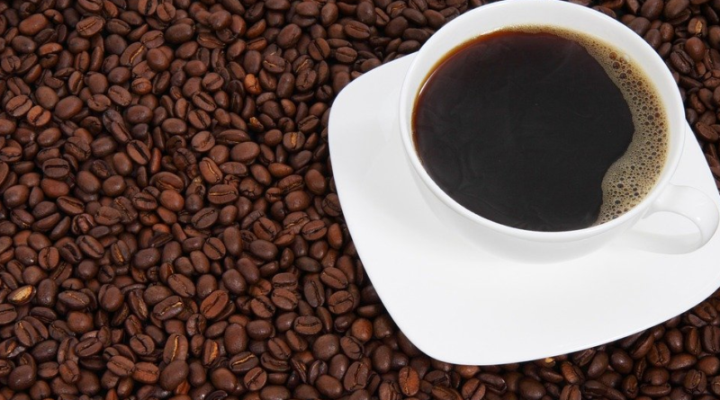 Kawa i kofeina - wpływ na zdrowie. Oto jak codzienne picie kawy wpływa na organizm i choroby