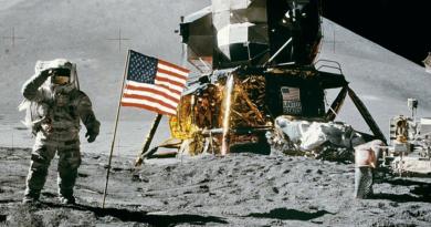 Będzie załogowy lot na Księżyc NASA. Ruszą misje Artemis i Blue Ghost. Jakie są koszty misji kosmicznych?