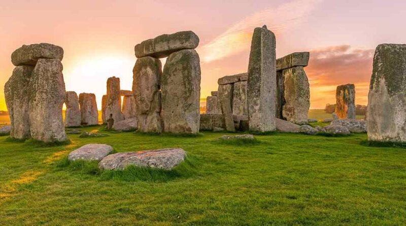 Stonehenge - historia, tajemnice i nowe odkrycie