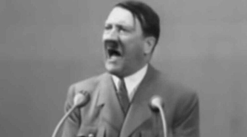 Adolf Hitler i kult wodza - jak doszedł do władzy nad duszami Niemców?